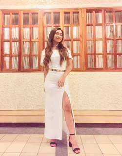Elegant long dress white
