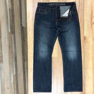 AMERICAN EAGLE RELAXED JEANS 牛仔褲 丹寧布 實腰約34吋 至35吋 適合配襯 Danner