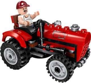 LEGO farmer with tractor 76054 Batman scarecrow harvest of fear dc comics