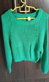 New H&M knit top