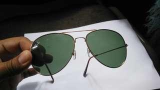 Reprice kacamata hitam Rayban Original