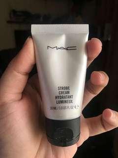 MAC strobe / glowing cream