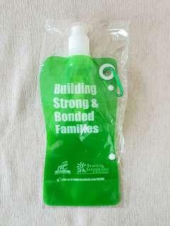 BN w/NM Flat Plastic Lightweight Water Bottle