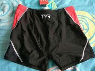 🚚 Authentic and new TYR men's mesa boxer swim trunk size 36