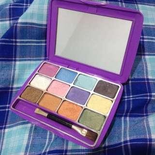 Mirabella eye shadow kit