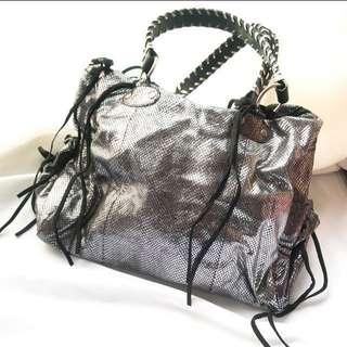 🇺🇸 Minority Silver Big HandBag 銀色手挽袋