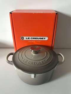 Le Creuset round French oven 16cm 煲