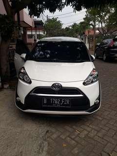 Toyota sienta V Matic