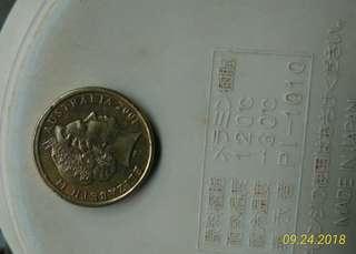 Dolar Elizabeth II thn 2001
