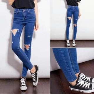 🚚 Denim Hole Highwaist Jeans