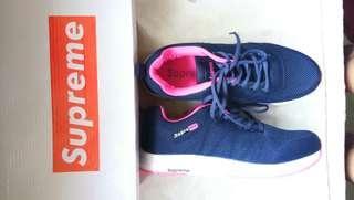 Supreme shoes class A