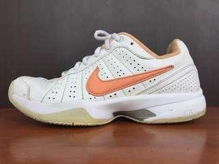 Nike Court Mo III