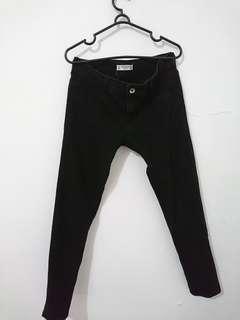 Preloved Celana Jeans Hitam Pull&Bear