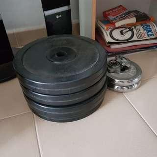 Bench press with plates