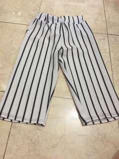 Celana pendek 2