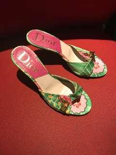 💯Authentic Original Christian Dior kitten heels
