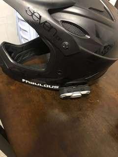 7-idp helmet size M