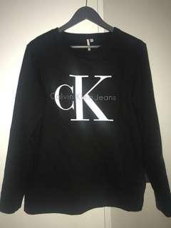 Calvin Klein sweatshirt size small