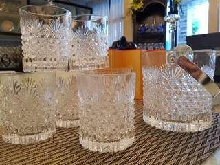 Whisky glasses with matching ice bucket