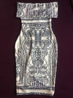 Off Shoulder Patterned Bodycon Dress