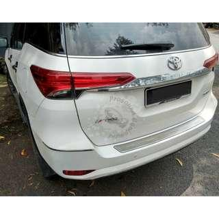 TOYOTA FORTUNER REAR DOOR STAINLESS STEEL SILL PLATE