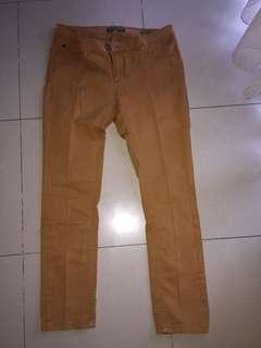 Celana Panjang Point One Warna Cokelat