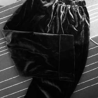 🚚 黑色 絲絨 長褲 寬褲