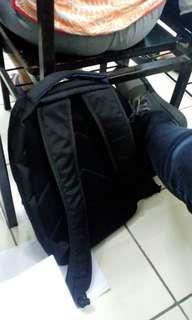 Ini tas loh ya