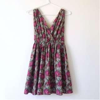 *NEW* Lace cross back floral dress size XS-S