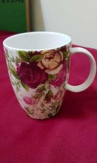 Royal Albert 'Country Rose Chintx' Mug