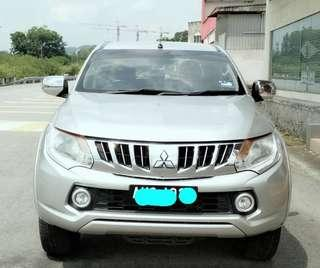 SAMBUNG BAYAR/CONTINUE LOAN  MITSUBISHI TRITON VGT AUTO 2.5 YEAR 2015 MONTHLY RM 1050 BALANCE 6 YEARS + ROADTAX NEW PUSH START BUTTON MILEAGE LOW TIPTOP CONDITION  DP KLIK wasap.my/60133524312/triton