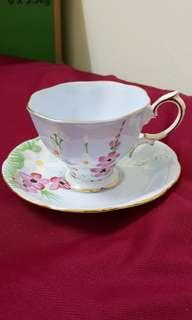 Royal Albert Cup & Saucer (2nd Grade)