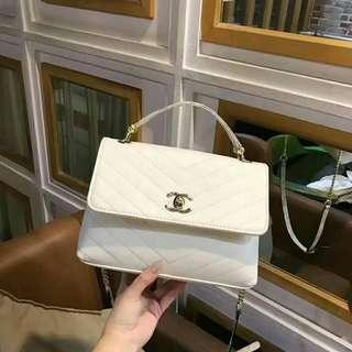 🚚 Chanel香奈兒 V條時尚女包 手提包