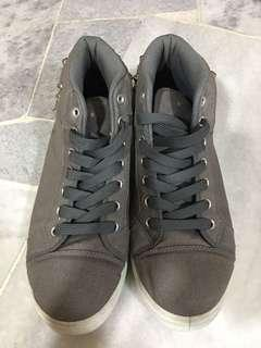Stut Fashion Men Shoes Sneakers