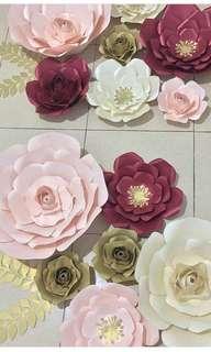 Sewa Paper Flower Backdrop Foto