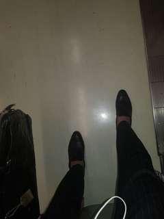 🚚 尖頭流疏紳士鞋