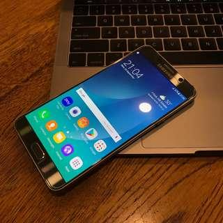 Very Good Condition Samsung Note 5 32gb(250sgd)