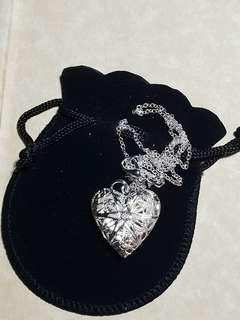Heart locket pendant with chain