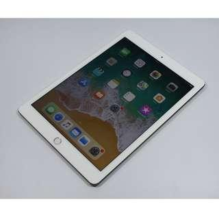 """Excellent Condition 9.7"""" iPad Pro 128gb(wifi+4G)(700sgd)"""