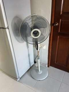 Standing Fan with remote controller