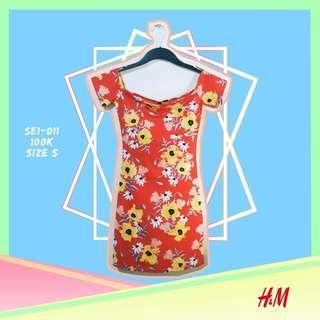 H&M Sunflower Red Dress