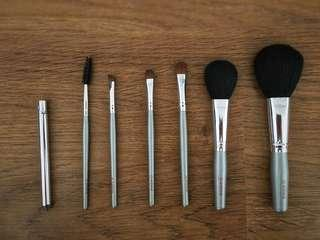 [GREAT DEAL!] Averine Makeup Brushes