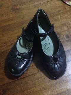 💜Black school shoes