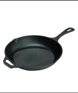 "PROMO ‼️Lodge Cast Iron Chef's skillet 10"""