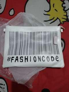 Jrep women clucth white barcode