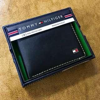Tommy Hilfiger Men's Wallet 真皮 銀包 金屬logo RFID 防盜 黑色 包順豐自取 生日禮物 男朋友