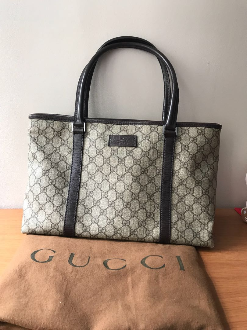 fae2d78092510d Authentic Gucci Signature tote, Luxury, Bags & Wallets, Handbags on ...