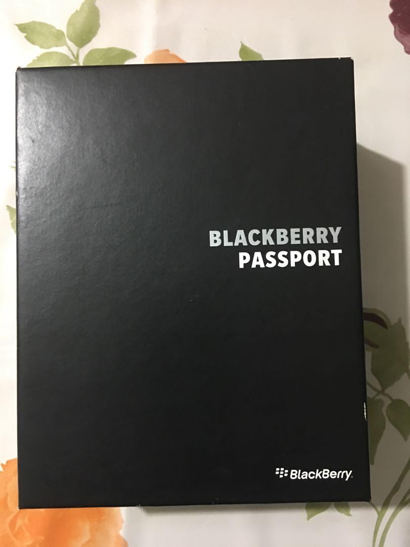 Blackberry Passport mint condition, Mobile Phones & Tablets