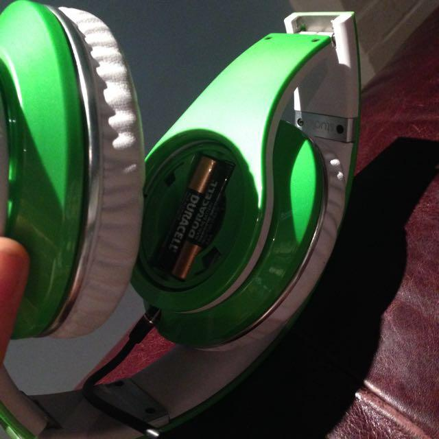 Lime Green Dr.Dre Beats