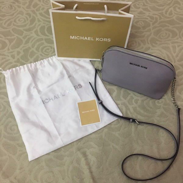eb445aa2514b Michael Kors Cindy Dome Crossbody, Luxury, Bags & Wallets, Handbags ...